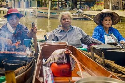 タイ人との人付き合いは難しい