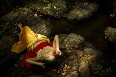 タイ女性との外国人の結末