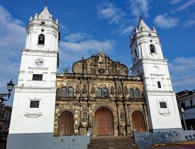 パナマ・ビエホとパナマ歴史地区の大聖堂
