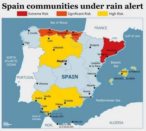 スペイン洪水警報