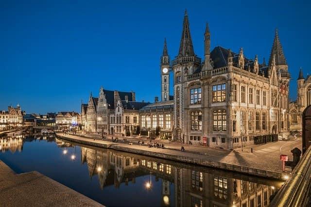ベルギー 移住 ビザ