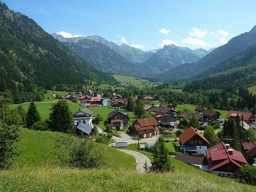 ドイツ 郊外も家賃が高い