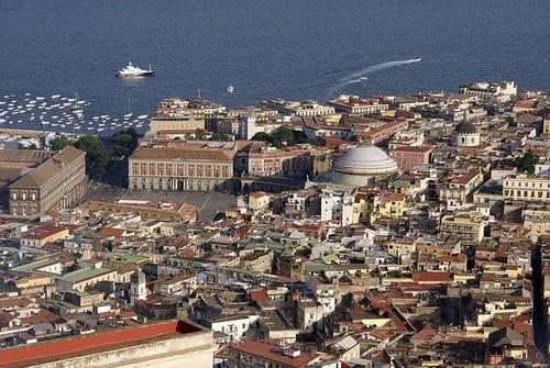 イタリア ナポリ 移住