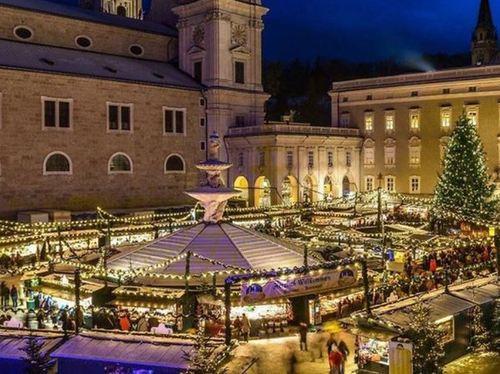 オーストリア ザルツブルグのクリスマスマーケット