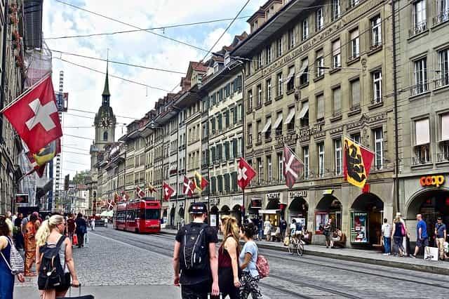 スイス移住 理由