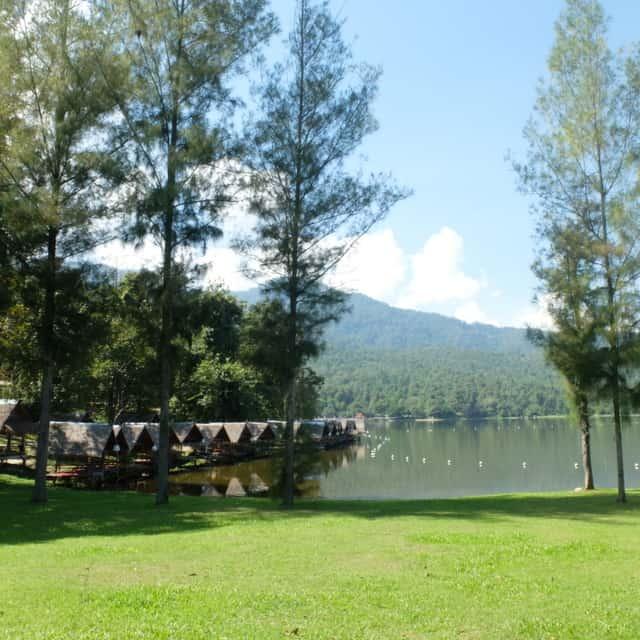 チェンマイ フイトゥンタオ湖(Huay tung tao lake)