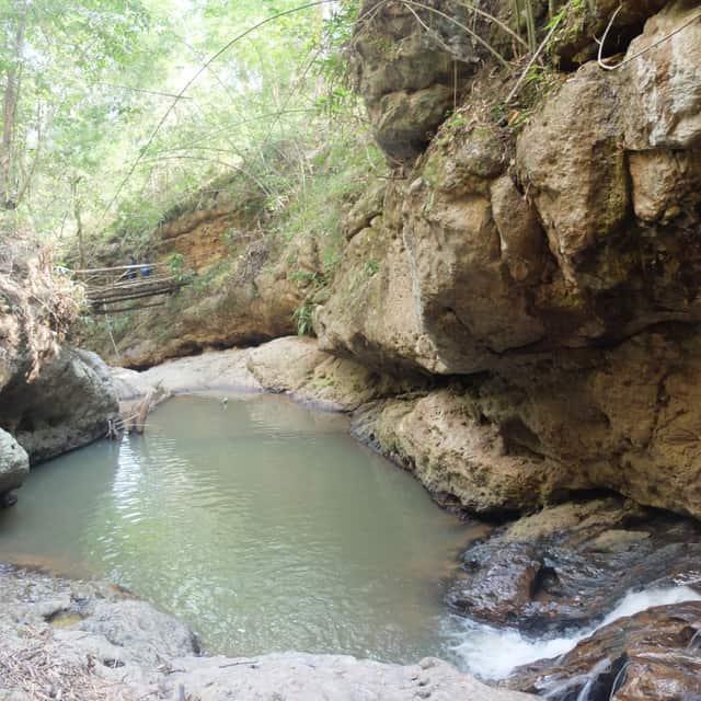 ペームボック滝(Pambok waterfall)