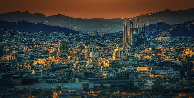 スペイン バルセロナ 移住 生活費
