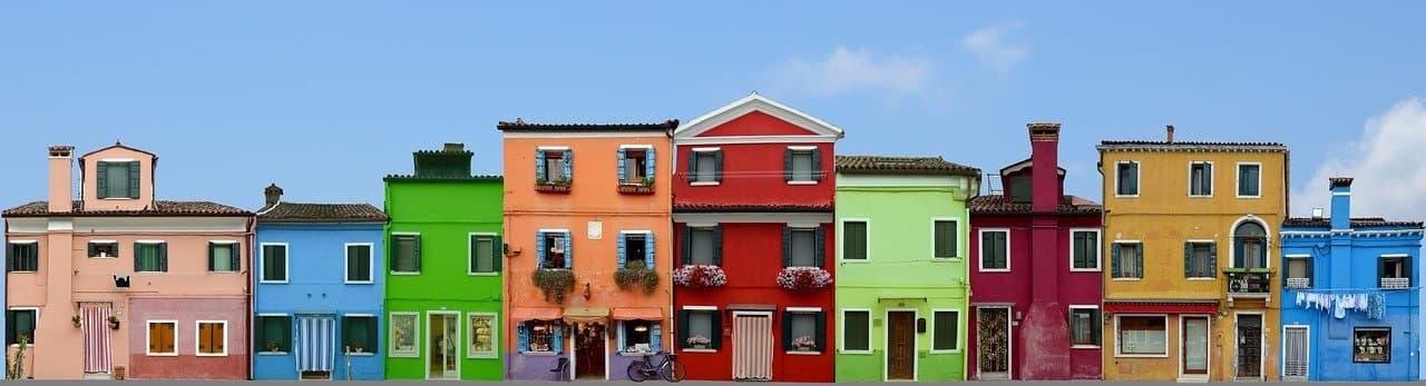 イタリア 家を買う 相場 金額