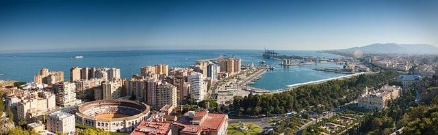 スペイン マラガ 移住 生活費