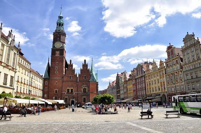 ポーランド移住 人気の都市 住み心地 ヴロツワフ