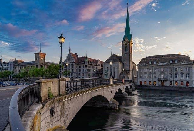 スイス リタイアメントビザで移住する方法 チューリッヒ
