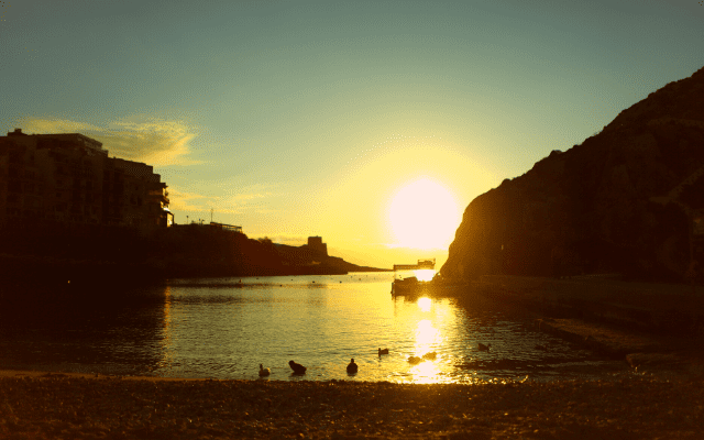 マルタ ゴゾ島 シュレンディビーチ(Xlendi)サンセット