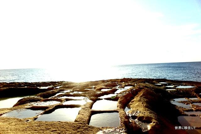 マルタ ゴゾ島 シュレンディ(Xlendi)のSaltpans ソルトパン