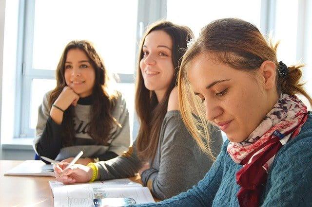 マルタ 学生ビザで移住する方法