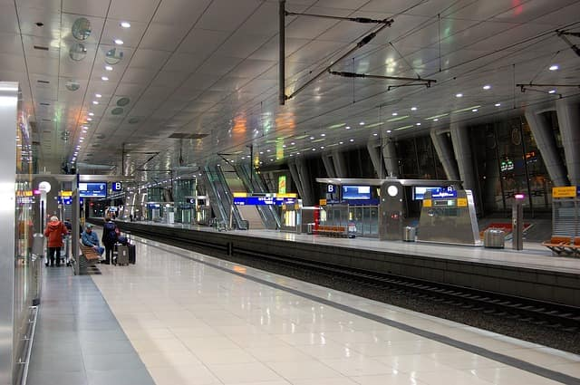 フランクフルト空港からケルン市内に行く方法