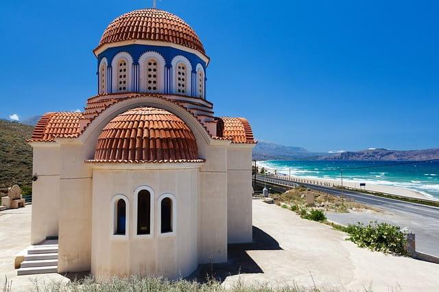 ギリシャ移住に人気の都市・クレタ島