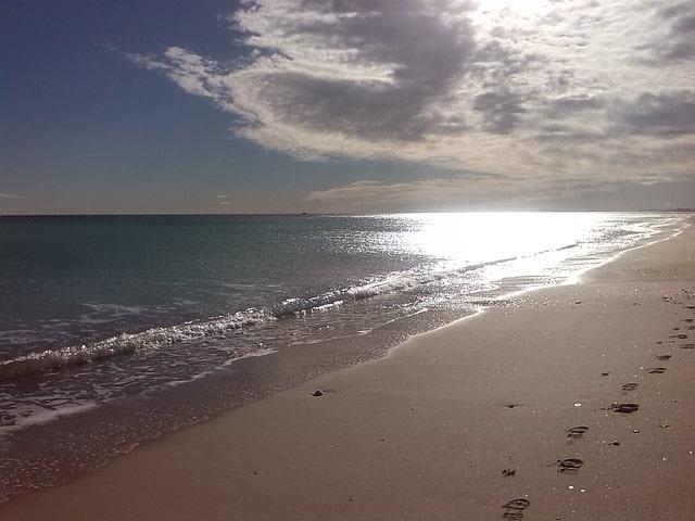 バレンシアのマルバロサ海岸
